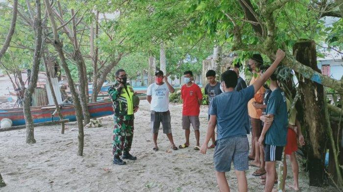 Cuaca Buruk, Aparat TNI Sarankan Nelayan di Tial-Maluku Tengah Tidak Melaut