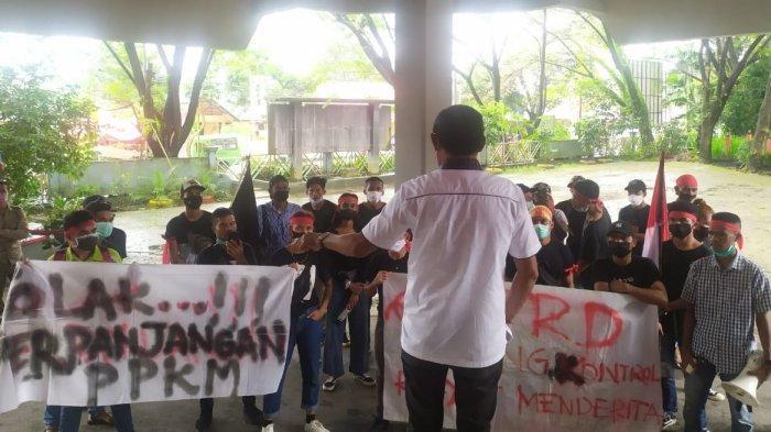 Kapitan Maluku Serbu DPRD Ambon, Wakil Rakyat Lagi Isolasi Mandiri