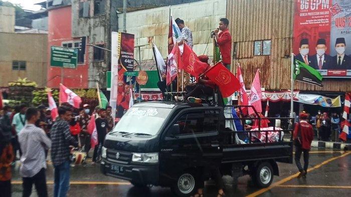Sehari Setelah Kenaikan, Mahasiswa Demo Minta Tarif Angkot Diturunkan