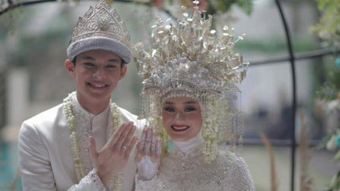 Deretan Foto Pernikahan Dinda Hauw & Rey Mbayang dengan Adat Palembang, Terapkan Protokol Kesehatan