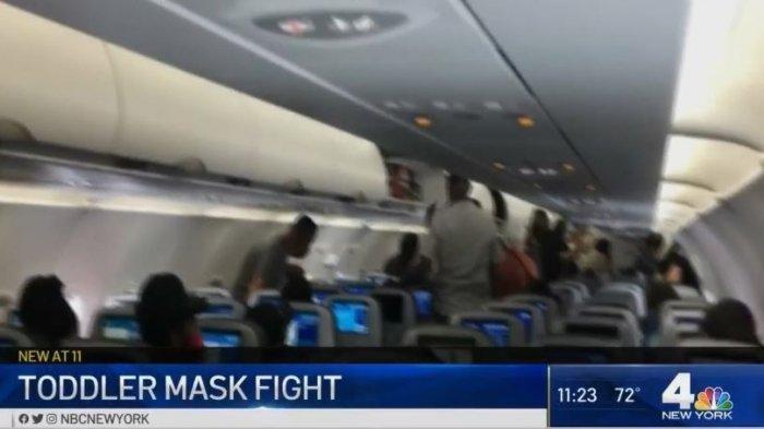 Ibu dan 6 Anaknya Diusir dari Pesawat Gara-gara  Bayinya yang Berusia 2 Tahun Tak Kenakan Masker