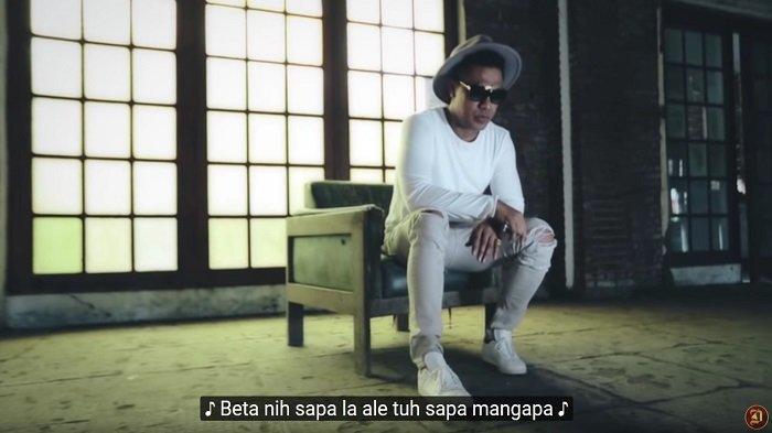 Download Lagu MP3 Doddie Latuharhary - Menyerah, Lengkap Video dan Lirik Lagu Ambon