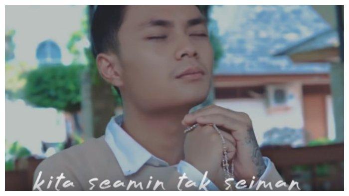 Chord Lagu Seamin Tak Seiman - Mahen 'Cinta Menyatukan Kita yang Tak Sama'