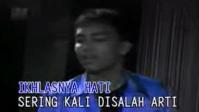 Chord Lagu Malaysia Mencari Alasan - Exist Mudah DImainkan, Kunci Gitar Mulai dari C