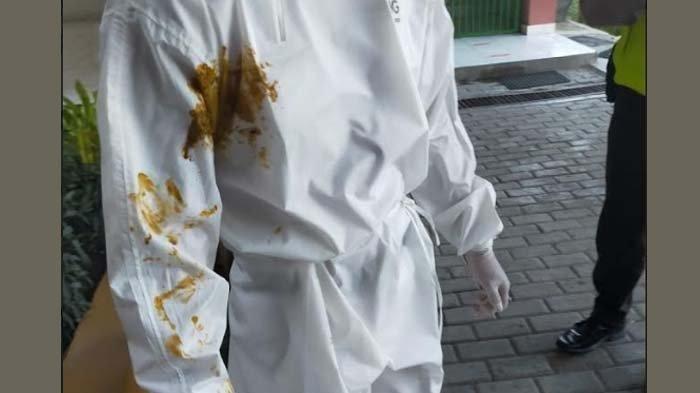 Tenaga Kesehatan di Surabaya Dilumuri Kotoran oleh Keluarga saat Jemput Pasien Covid