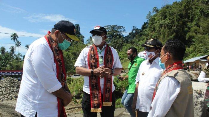 Kunjungan Kerja ke Pulau Seram, Gubernur Murad Ismail Minta Jembatan Waikaka Segera Dibangun Kembali