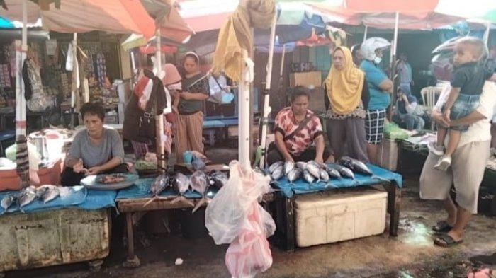 Cuaca Membaik, Harga Ikan di Pasar Binaya Masohi Kembali Normal