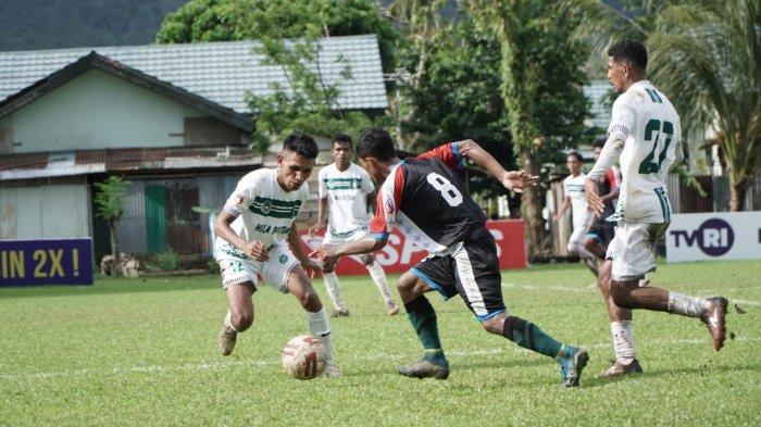 Laga Hila Putra melawan Maluku United di Lapangan Kompi A Waiheru, Sabtu (2/10/2021) sore.
