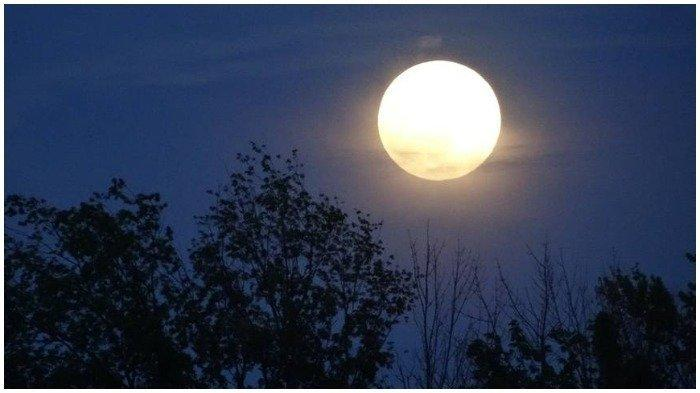 Fenomena Langit Sepanjang September 2020, Fase Bulan Purnama Malam Ini