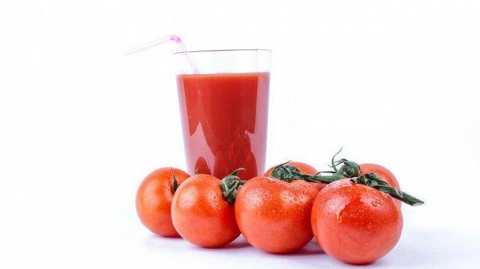 Jus tomat.