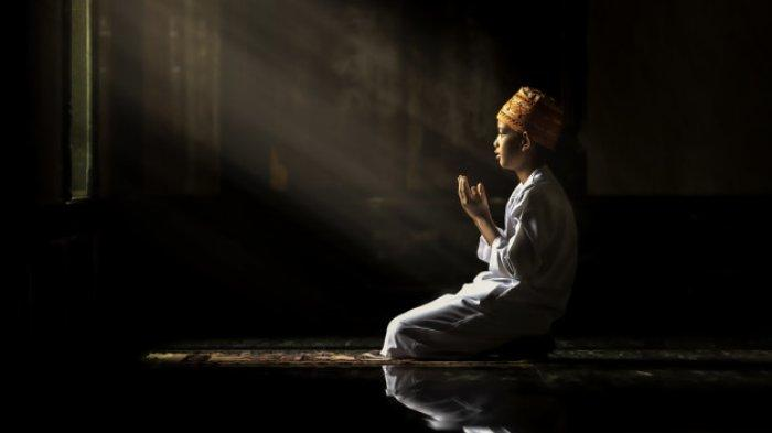 Niat dan Tata Cara Salat Malam Lailatul Qadar, Lengkap dengan Bacaan Doa yang Dianjurkan