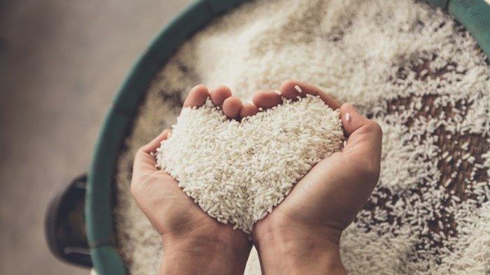 Bacaan Niat Zakat Fitrah untuk Diri Sendiri, Anak, Istri dan Orang yang Diwakilkan