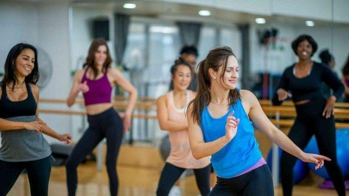 Cara Efektif Bakar Kalori dan Lemak, Lakukan Gerakan Zumba