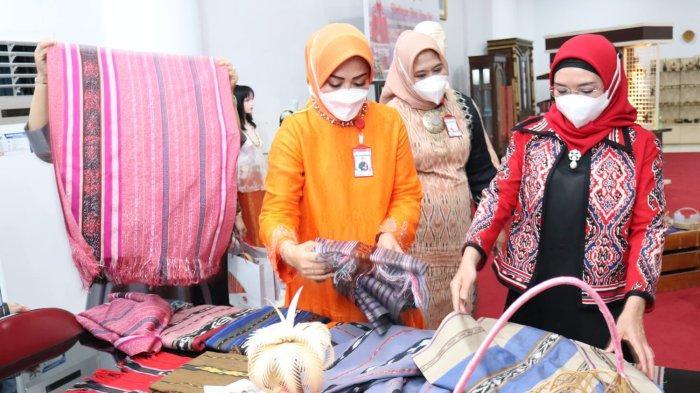 Kepada Widya, Istri Maruf Amin Minta Dekranasda Tingkatkan Daya Saing