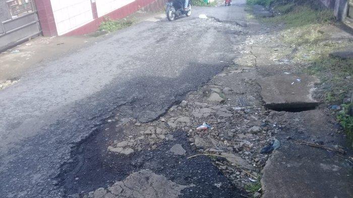 Jalan Rusak dan Berlubang Masih Banyak Bertebaran di Kawasan Galunggung-Kota Ambon