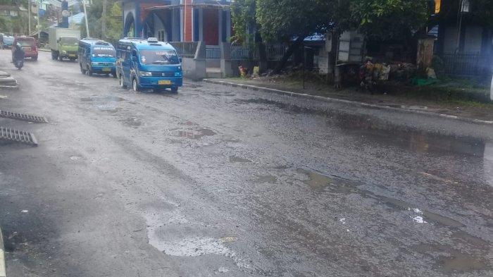 Jalan Rusak Parah, Warga Tantui Minta Pemkot Ambon Segera Perbaiki