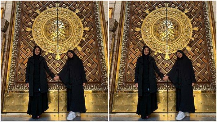 jalani-ibadah-umroh-bersama-putrinya-begini-cantiknya-nikita-mirzani-kenakan-hijab.jpg