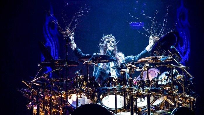 KABAR DUKA: Mantan Drummer Slipknot, Joey Jordison, Meninggal Dunia dalam Tidurnya