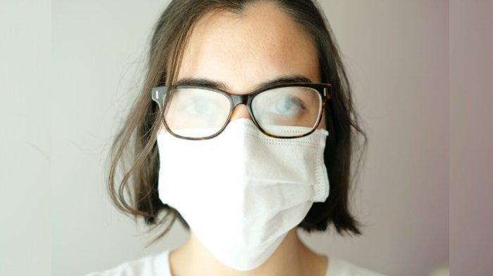 Cara Cegah Kacamata Berembun saat Memakai Masker