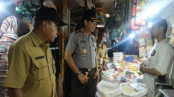 Kapolda Maluku Irjen Royke Lumowa Sidak Pasar Mardika Jelang Natal dan Tahun Baru
