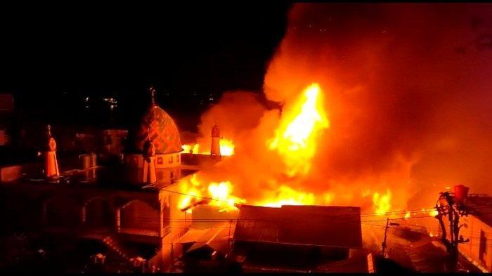 Kawasan Padat Penduduk di Ambon Terbakar, Dua Warga Tewas, Pemkot Bertindak
