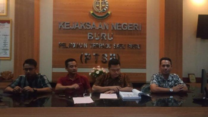 Penyidik Kejari Buru Serahkan Tiga Tersangka yang Bawa 70 Kilo Lebih Merkuri Pesanan Orang Tangerang