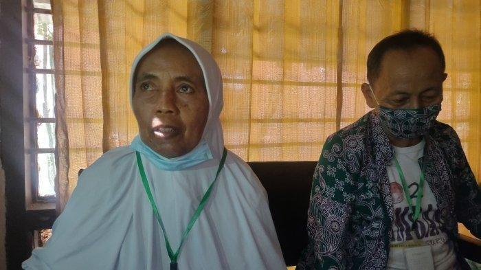 Khotimah dan suami warga Kabupaten Majalengka