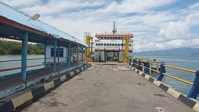 Cuaca Ekstrem di Perairan Pulau Buru, Kapal Ferry Penyeberangan Namlea-Ambon Dilarang Berlayar