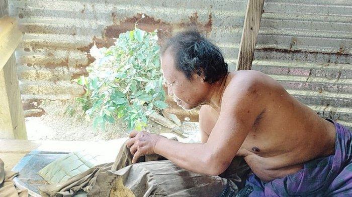 Depresi Ditinggal Istri, Pria Asal Nunukan Kalimantan Utara Tinggal Bersama Ayam