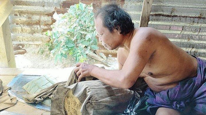 Kisah Pilu Pria di Kalimantan Utara Hidup di Kandang Ayam, Depresi setelah  Dicerakan Istrinya