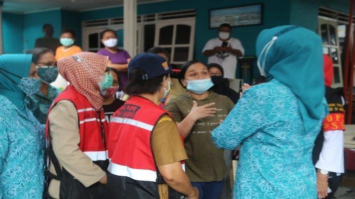 Tim Penggerak PKK Provinsi Maluku Salurkan Bantuan Darurat di 6 Titik Banjir