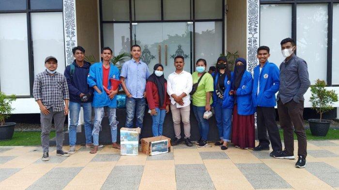 Peduli Korban Gempa yang Rumahnya Rusak, BEM Fisip Unpatti Gelar Aksi Galang Dana