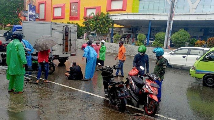 Lawan Arus, Tabrakan Sepeda Motor di Depan MCM Ambon Tidak Terhindarkan