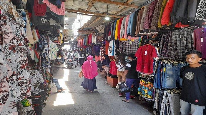Dampak Pandemi, Omzet Pedagang Pakaian di Ambon Anjlok saat Libur Natal & Tahun Baru