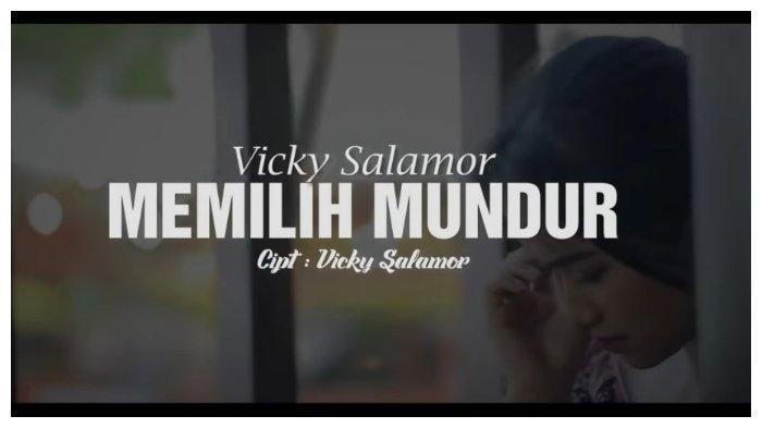 Chord Lagu Ambon Memilih Mundur - Vicky Salamor 'Beta Mangarti Banyak Kekurangan yang Ada di Diri'