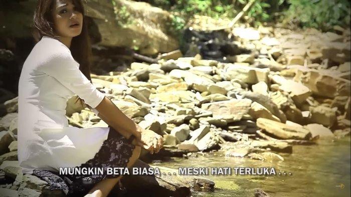 Chord Gitar Lagu Ambon Mitha Talahatu - Beta Seng Marah, Kunci Mudah Dimainkan: Mungkin Ale Su Beda