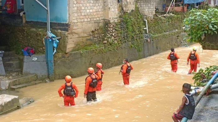 Pencarian Dihentikan, Naruto yang Hilang Terbawa Arus Sungai Belum Ditemukan