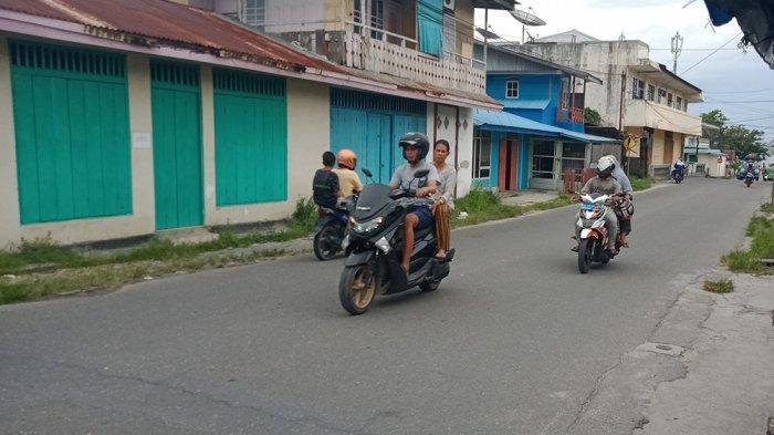 Warga Punya Motor, Angkot di Namlea Tidak Beroperasi