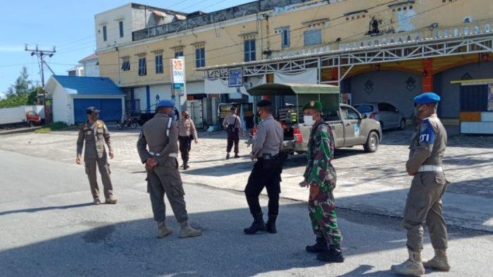 Operasi Yustisi di Buru, Pelanggar Dihukum Pungut Sampah