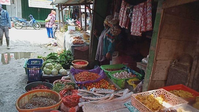 PPKM Mikro di Pulau Buru, Pedagang Pasar Unit Enam Mengeluh Kehilangan Pendapatan