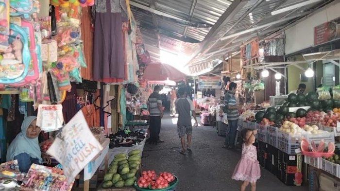 Senin, Dinkes Maluku Tengah Sosialisasi Vaksinasi Covid-19 ke Pedagang Pasar Binaya