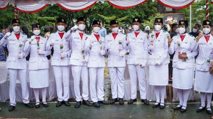 Pasukan Pengibar Bendera (Paskibra) HUT RI ke-76 di Maluku