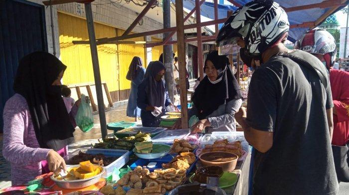Hari Pertama Puasa, Pasar Ramadhan Depan Masjid Raya Alfatah Ambon Kembali Hadir