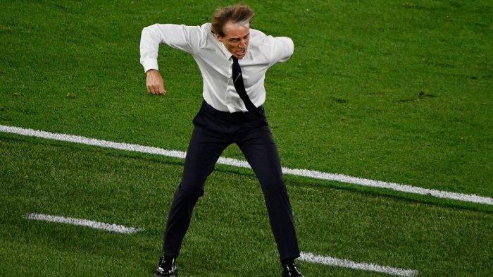 Italia vs Austria Tanding di Inggris, Pelatih Roberto Mancini Sempatkan Diri Cari Suasana Baru