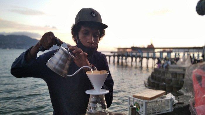Karibo Coffee, Angkringan Romantis Wisata Kuliner di Kota Jawa Teluk Ambon