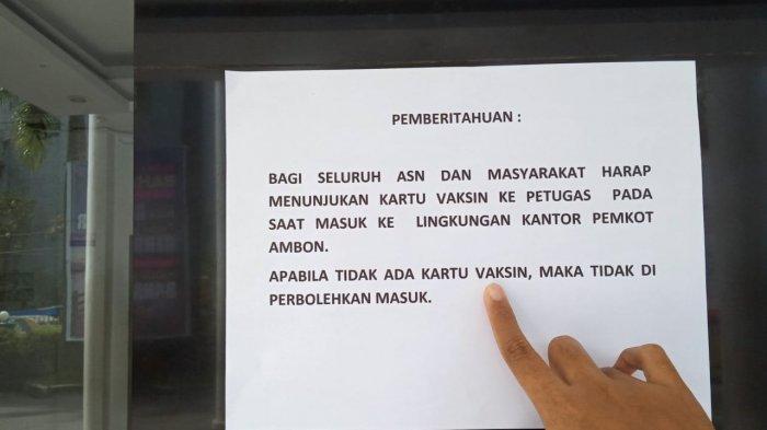 Pengumuman yang terpampang di Kantor Balai Kota Ambon.
