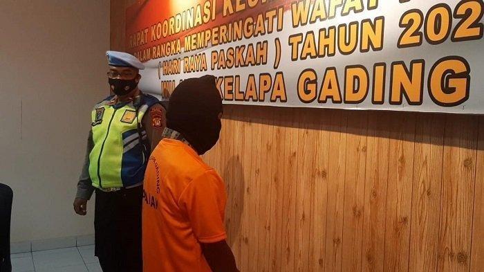 Pria berinisial MN diamankan di Polsek Kelapa Gading