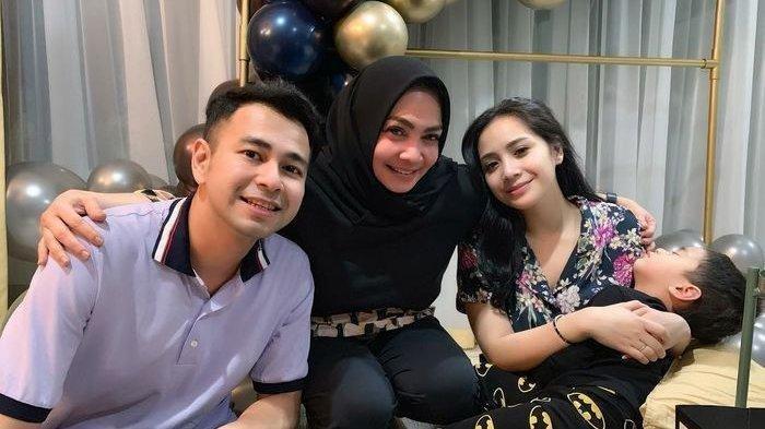 Raffi Ahmad, Mama Rieta, dan Nagita Slavina.