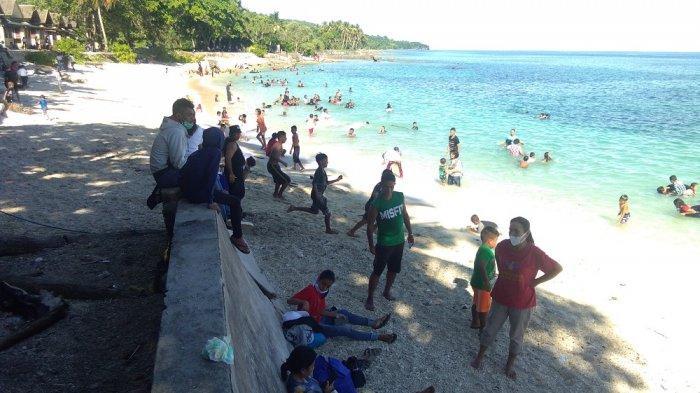 Ratusan Pengunjung Wisata Pantai di Ambon Abaikan Protokol Kesehatan, Ini Kata Jubir Covid-19