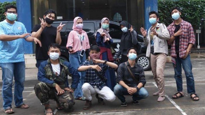 Cinta Maluku, 11 Relawan Rumah Kepemimpinan Indonesia Berlayar 7 Hari ke Pulau Buru